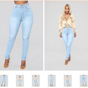 FashionNova Light Wash Jeans High Waist